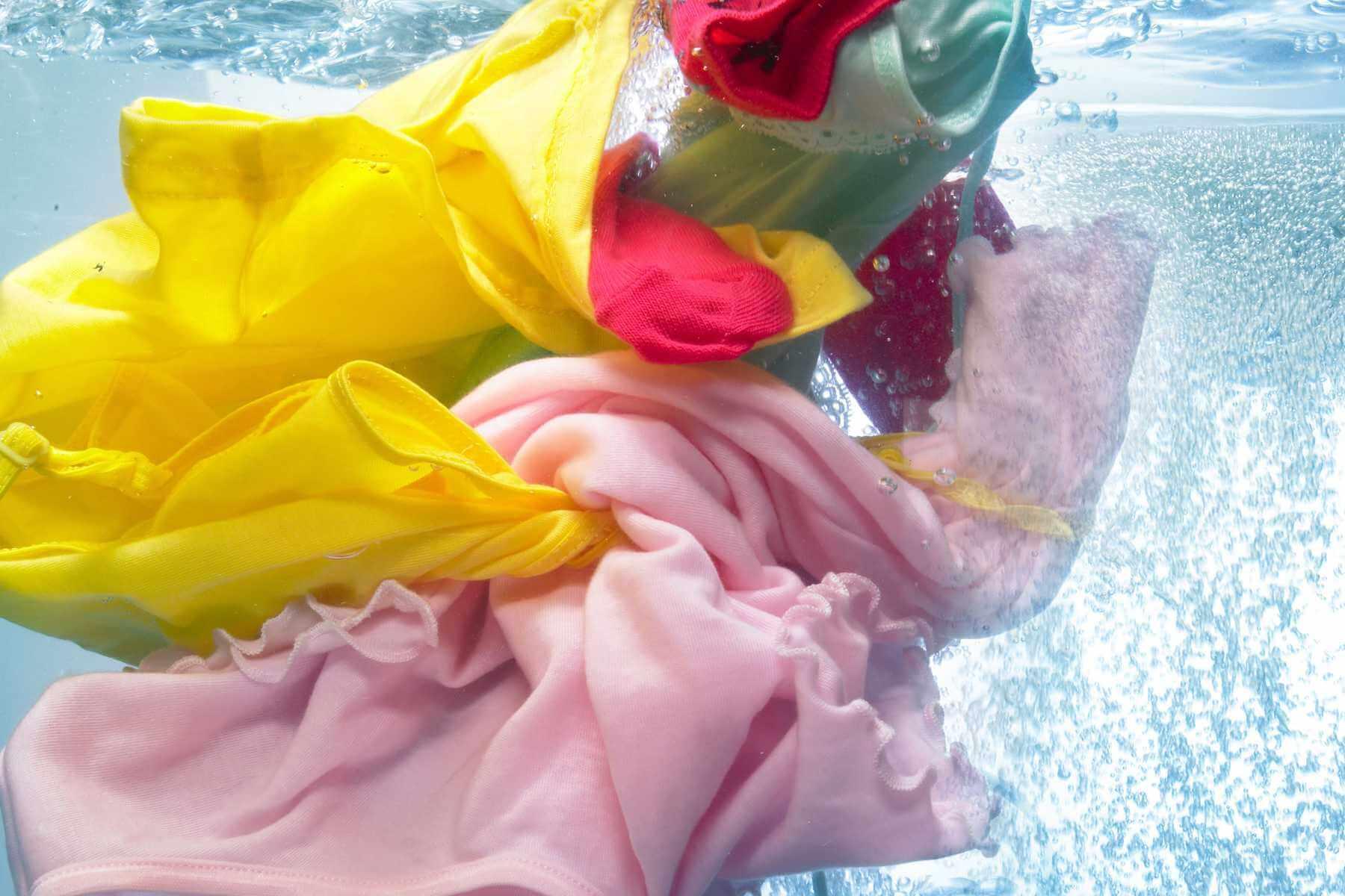 cách giặt đồng phục