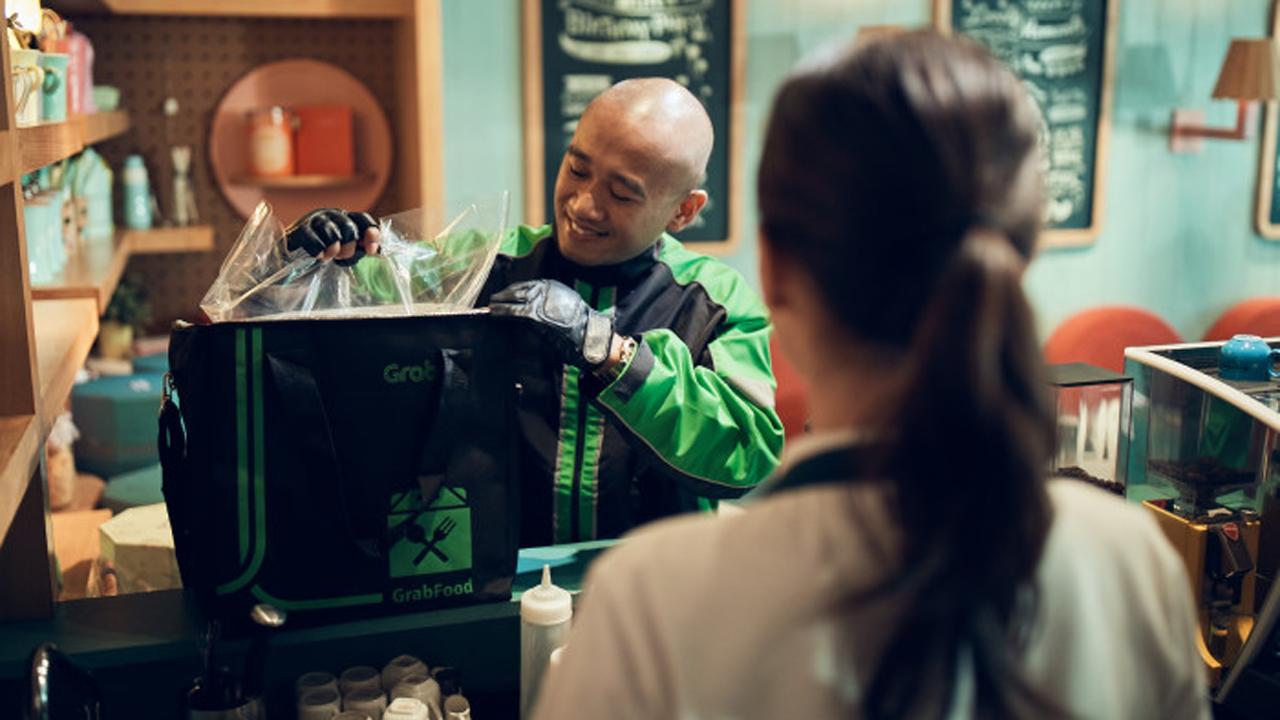 2019 - Khi dịch vụ khách hàng lên ngôi.