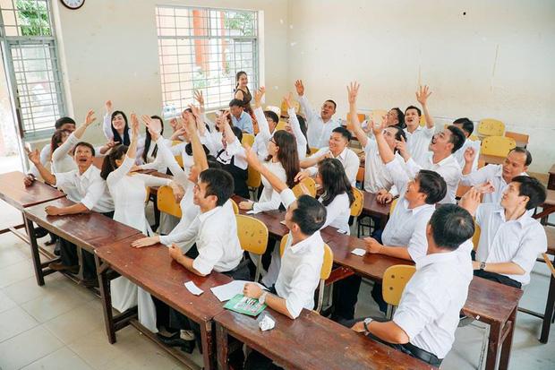 Ngày họp lớp kỉ niệm 20 năm của tập thể 10A2 THPT Lê Quý Đôn, Thái Bình.