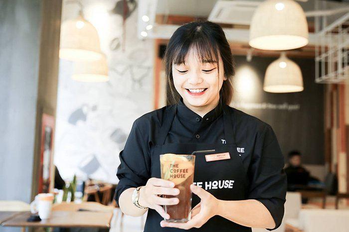 Lan tỏa thương hiệu The Coffee House nhờ trải nghiệm khách hàng