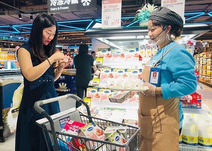 Trưng bày hàng hóa trong cửa hàng, siêu thị là cả một nghệ thuật ảnh hưởng đến trải nghiệm khách hàng