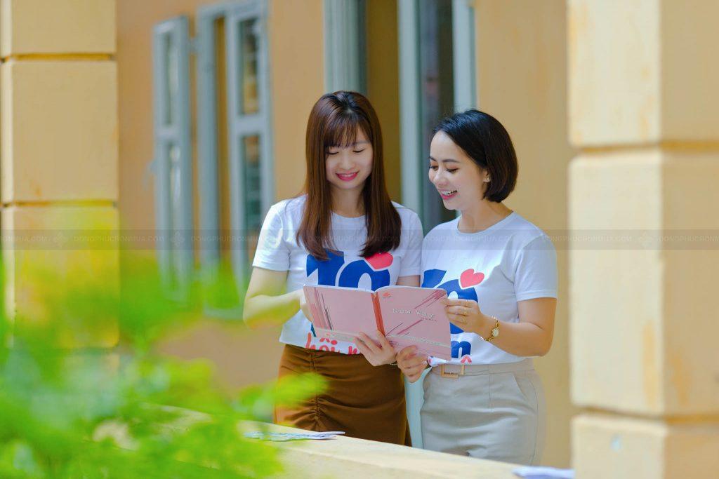 Áo phông đồng phục họp lớp khơi gợi kỷ niệm thời học sinh