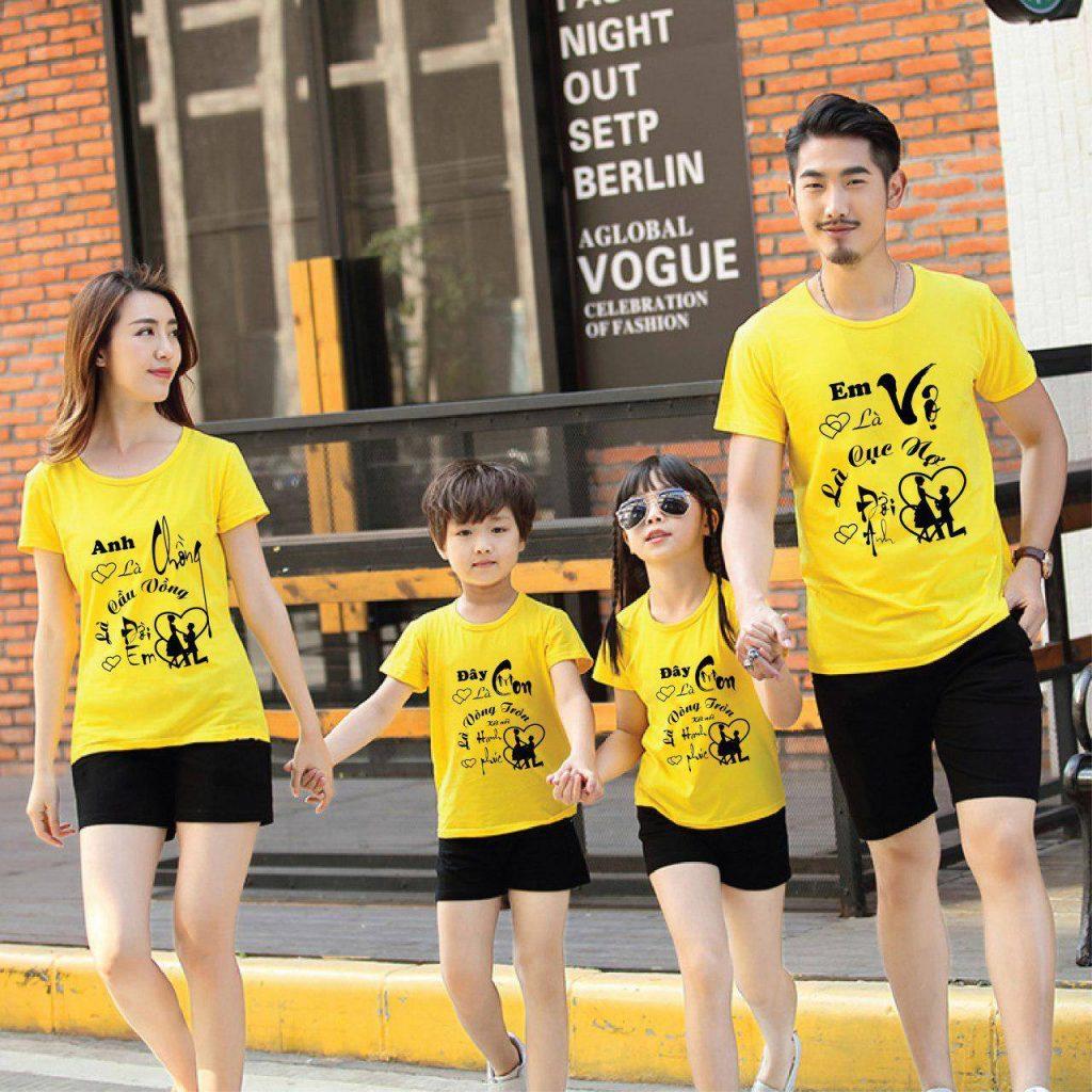 Áo đồng phục gia đình có những slogan trao gửi yêu thương