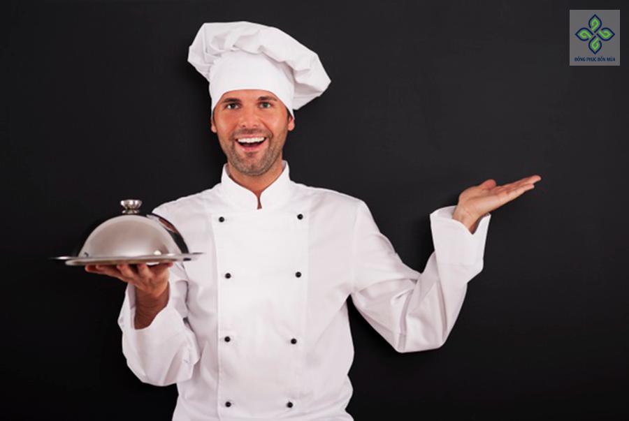 Đồng phục bếp trưởng truyền thống được sử dụng phổ biến