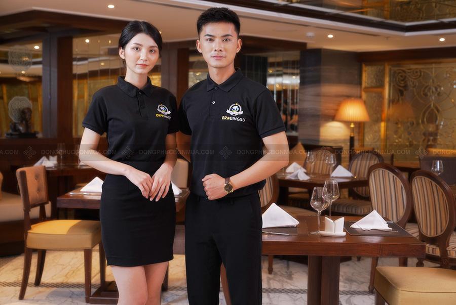 Màu sắc là một trong những yếu tố quan trọng tạo nên một bộ đồng phục nhà hàng đẹp