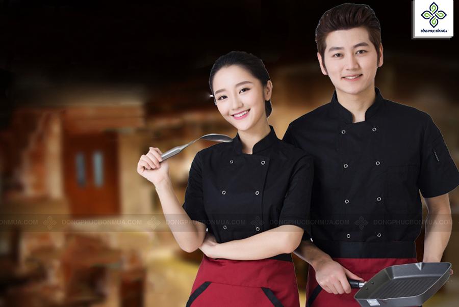 Đồng phục bếp may sẵn giúp tiết kiệm chi phí