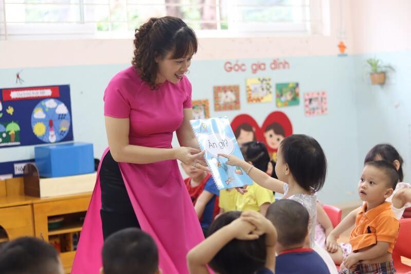 áo đồng phục giáo viên mầm non