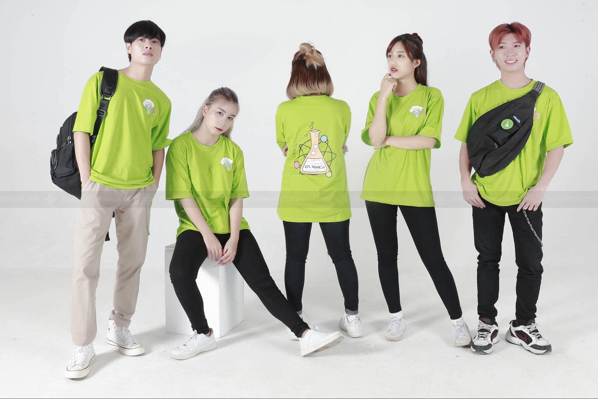 đồng phục màu xanh lá cây