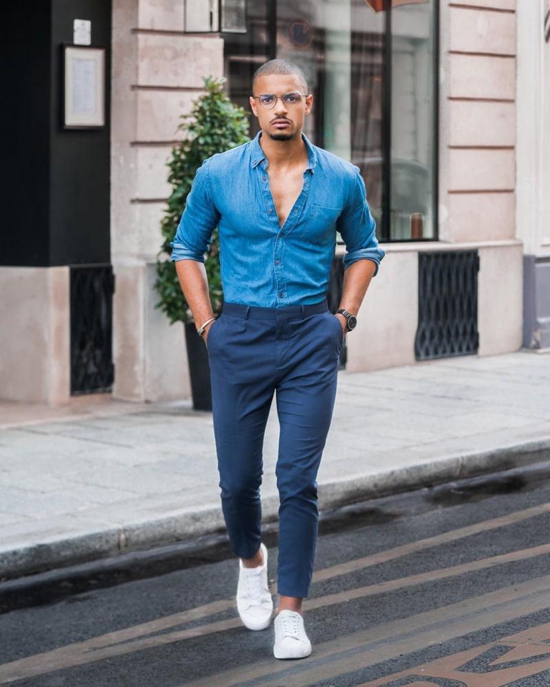 áo sơ mi màu xanh dương
