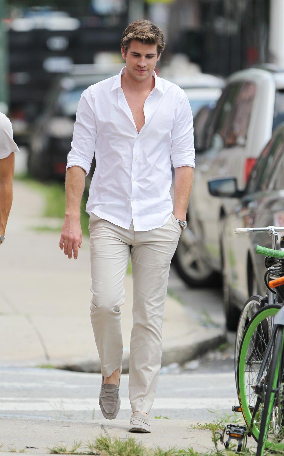 Quần tây áo sơ mi trắng đi giày gì