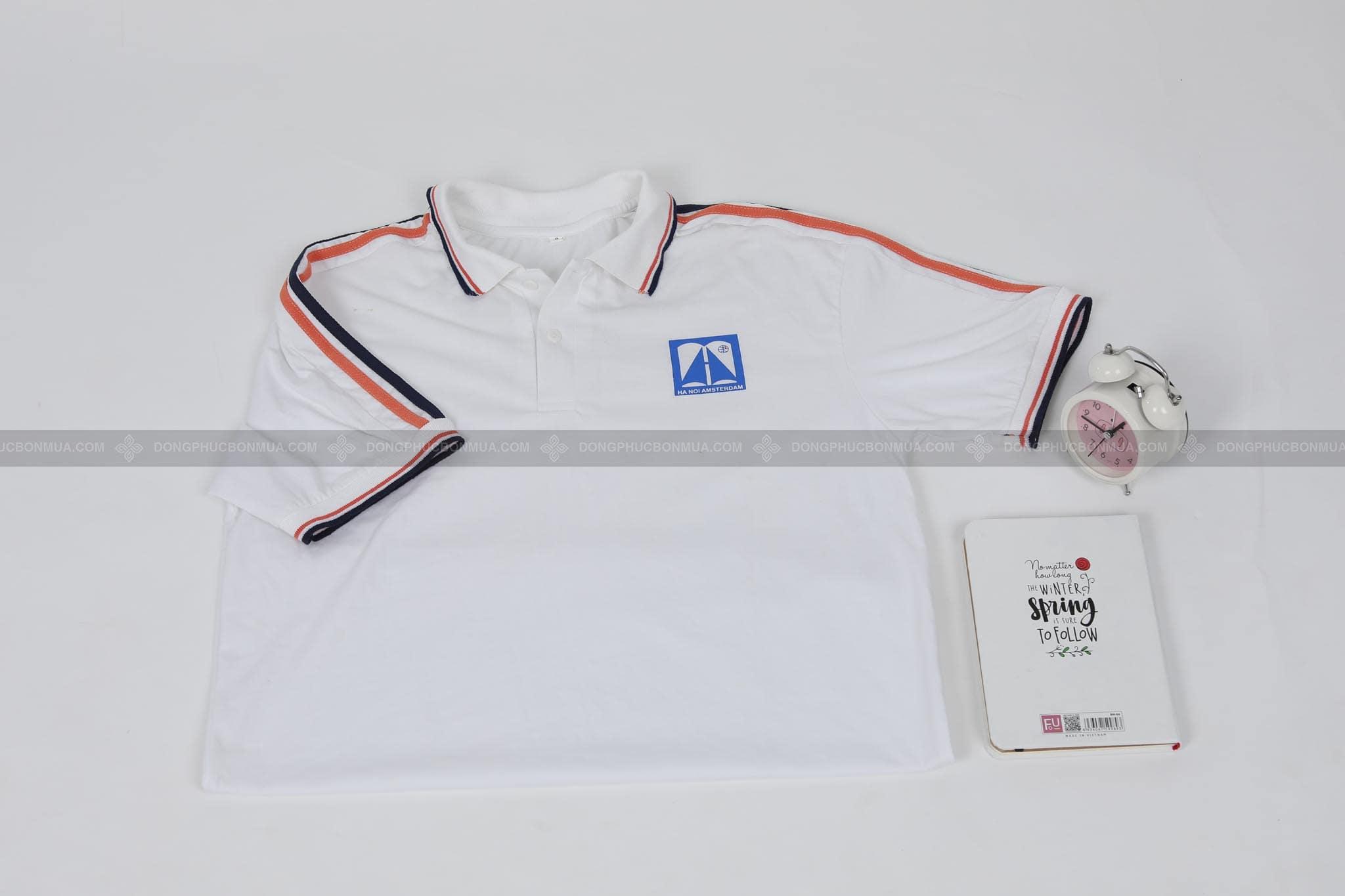 áo đồng phục màu trắng