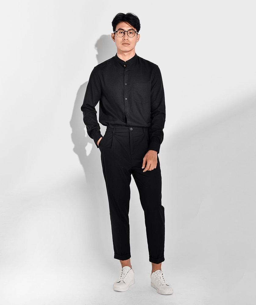 áo sơ mi đen nam mặc với quần gì