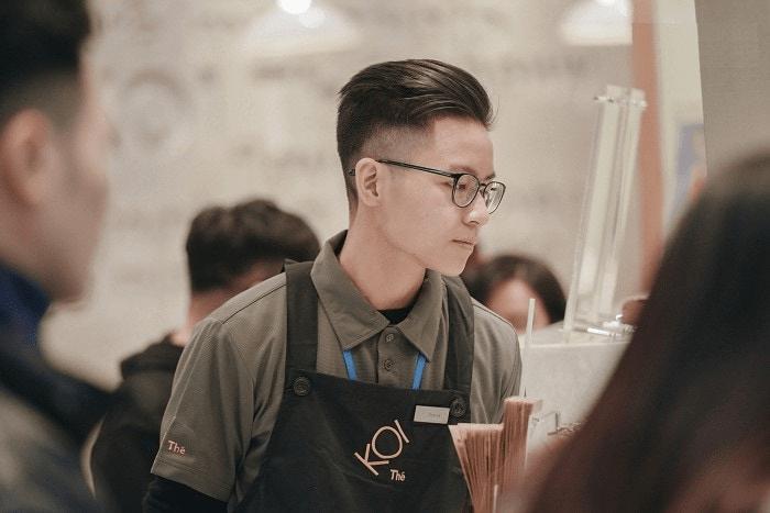 đồng phục nhân viên trà sữa koi